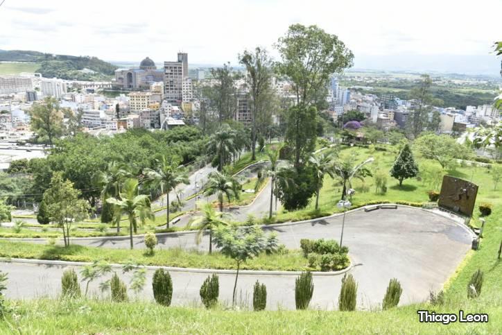 Morro do Cruzeiro - Thiago Leon
